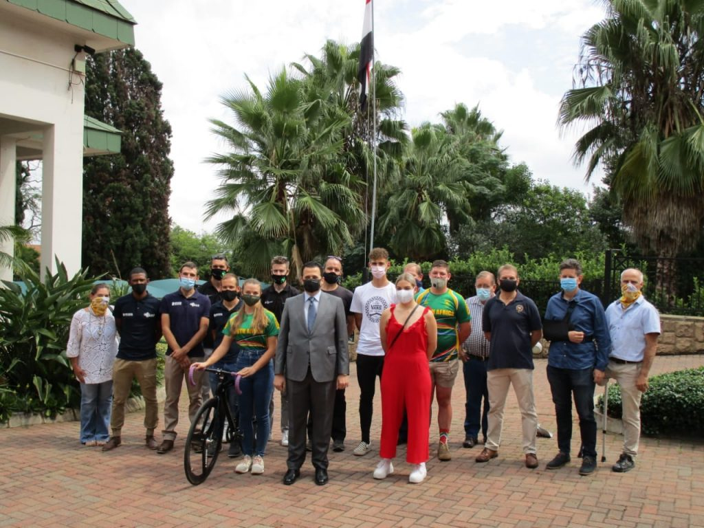 AMBASSADOR OF EGYPT SEES SOUTH AFRICAN CYCLISTS OFF TO CAIRO